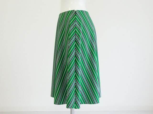 フレアースカート横