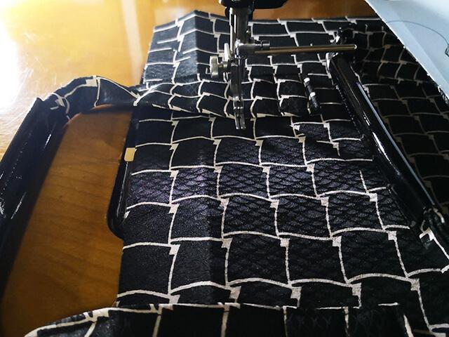 しっかりと縫い付ける