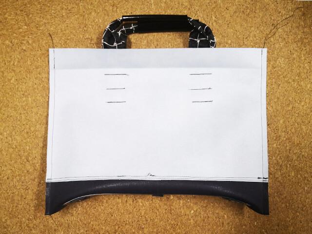 トートバッグを中表に縫う